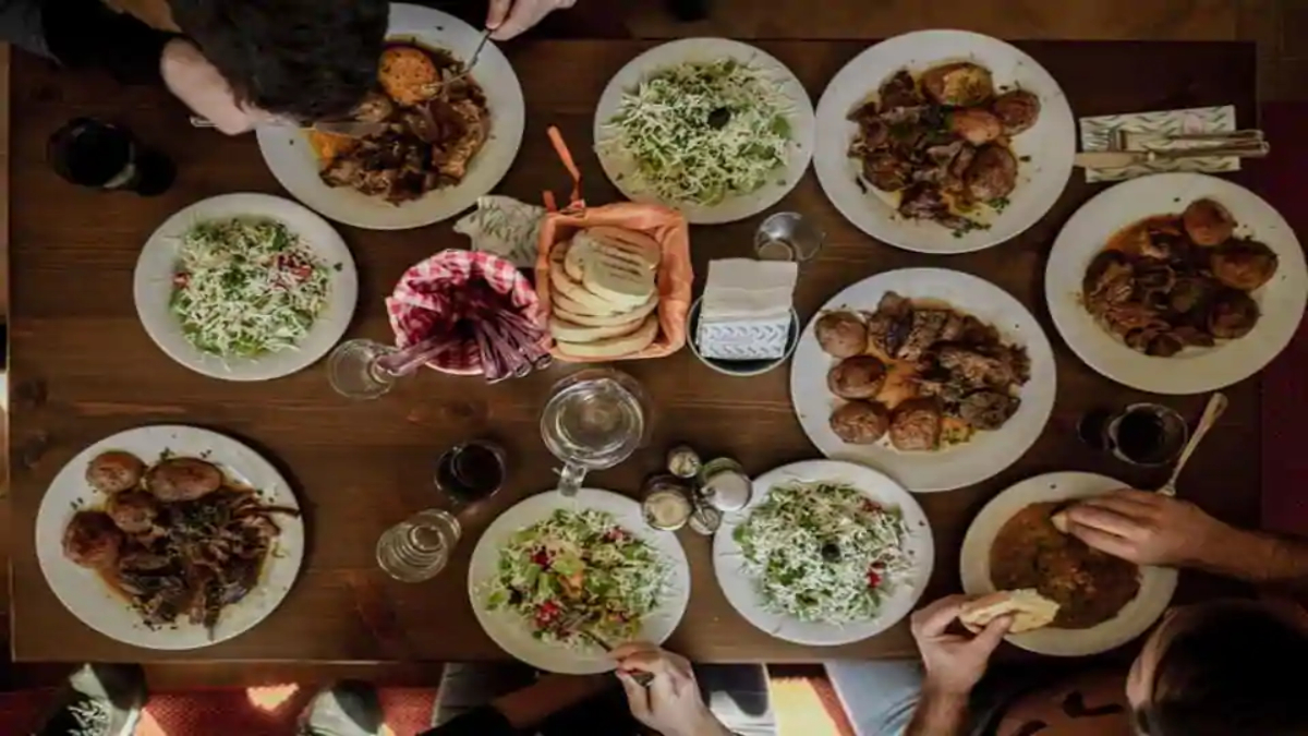 Engaging in family meals increases likelihood of better family communication