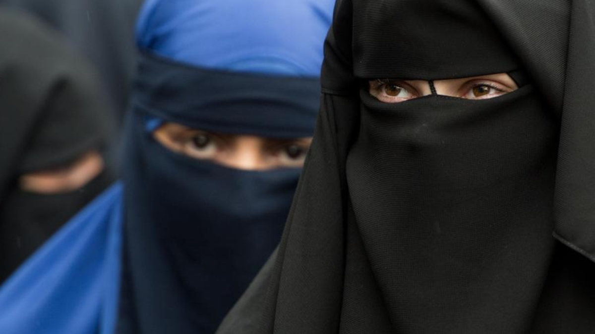 Buraqa, face veils banned in schools by German state