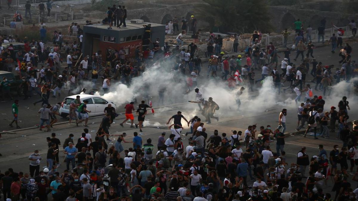 Massive protests in Lebanon after Beirut explosion