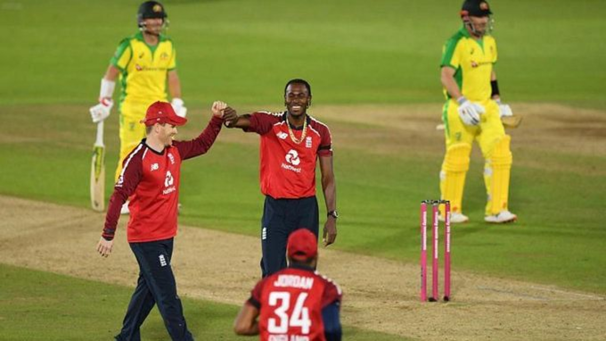 England win second T20