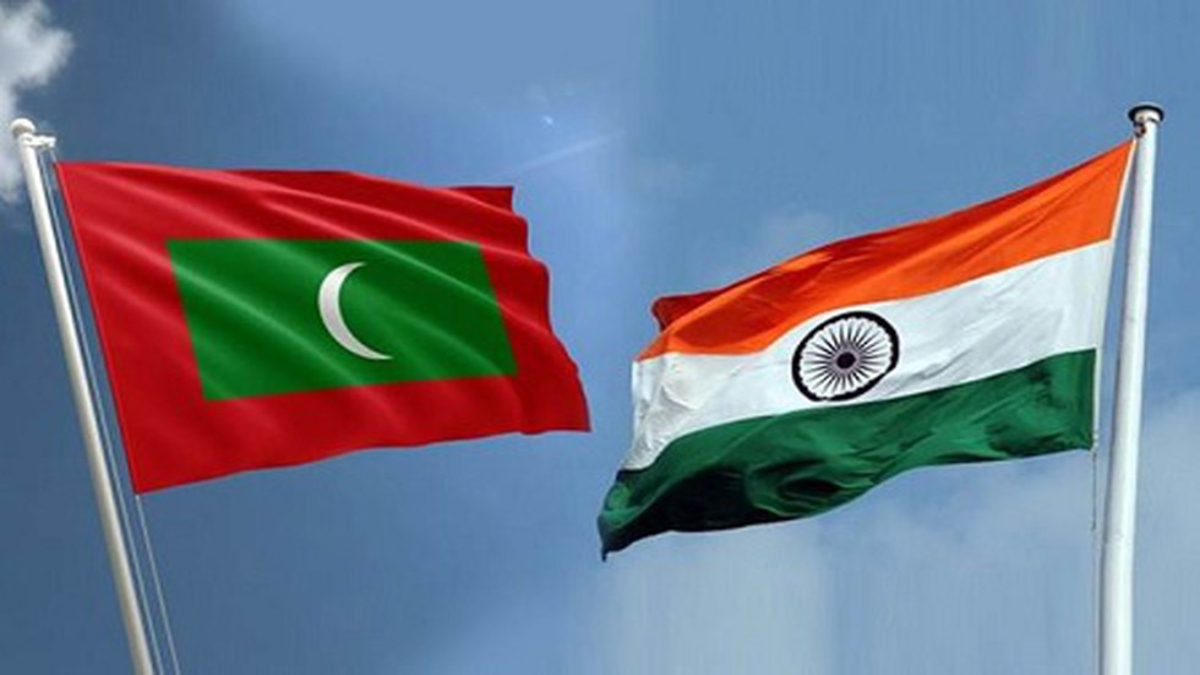 Flags of Maldives and India