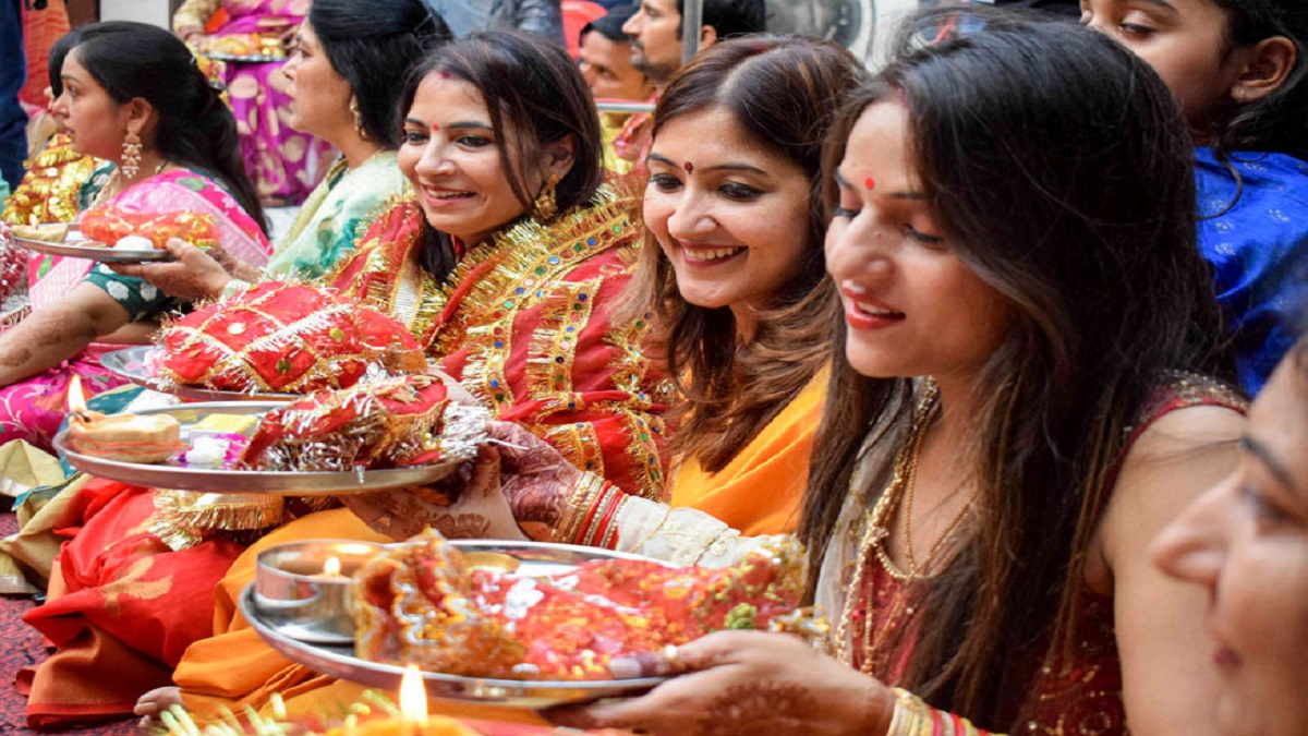 Karwa Chauth 2020 Date in India, USA, Canada