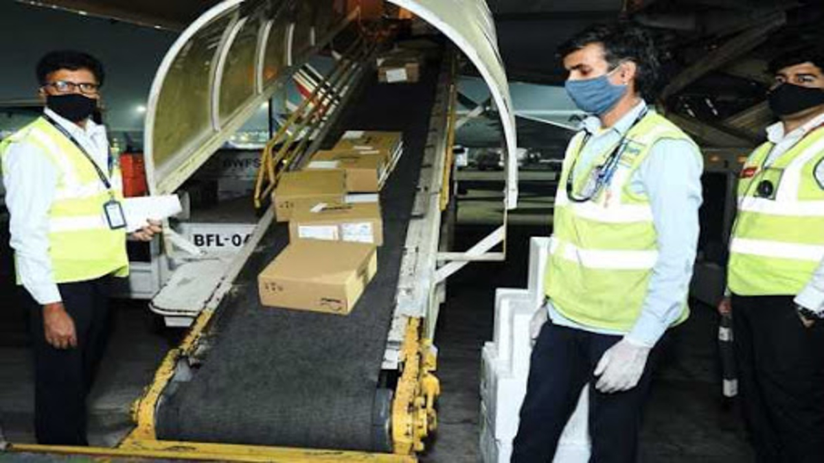 France, US and other countries to send medical aid to India, UK's first shipment reaches Delhi