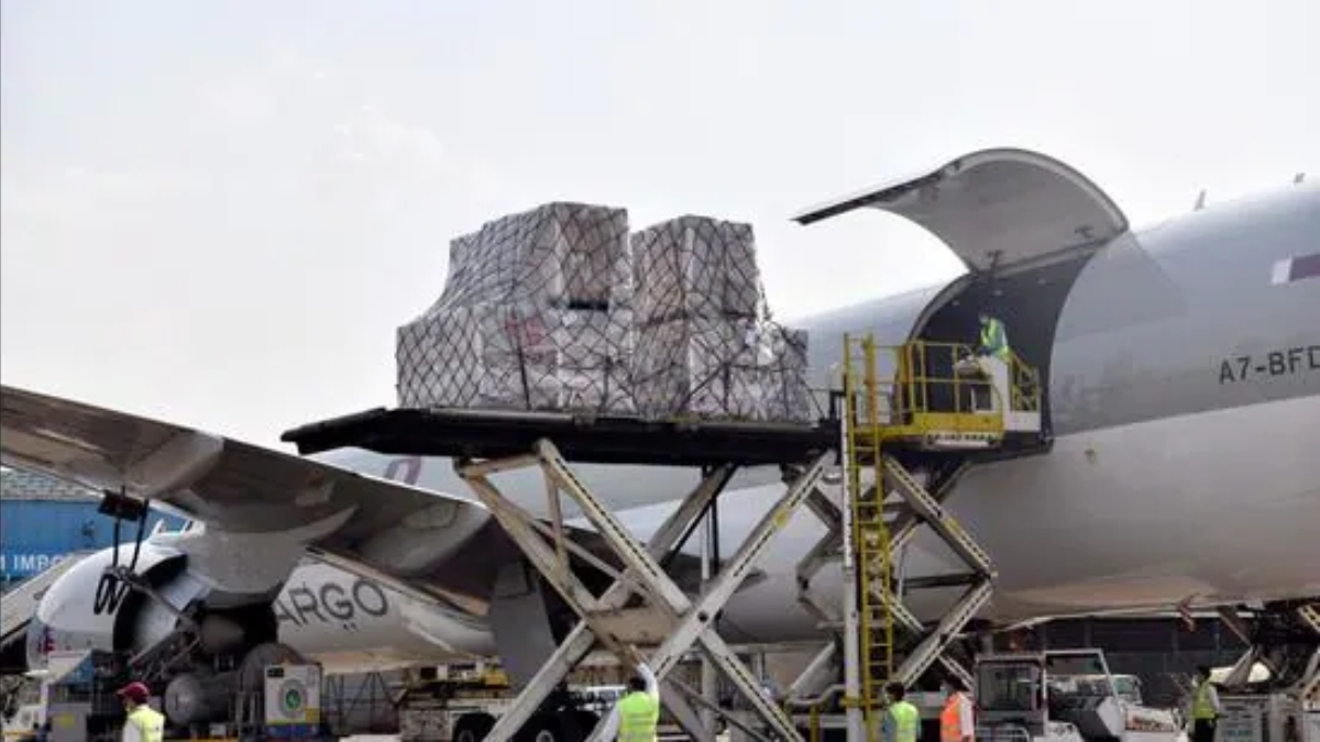 India's Fight Against Covid-19 Continues: Foreign Aid From France, Italy, Israel & Others Arrives