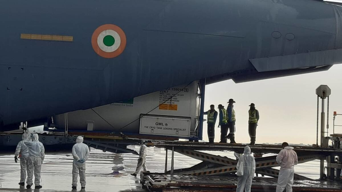 As India battles Covid-19, medical aid pours in from France, UK ,US Kuwait & Bahrain