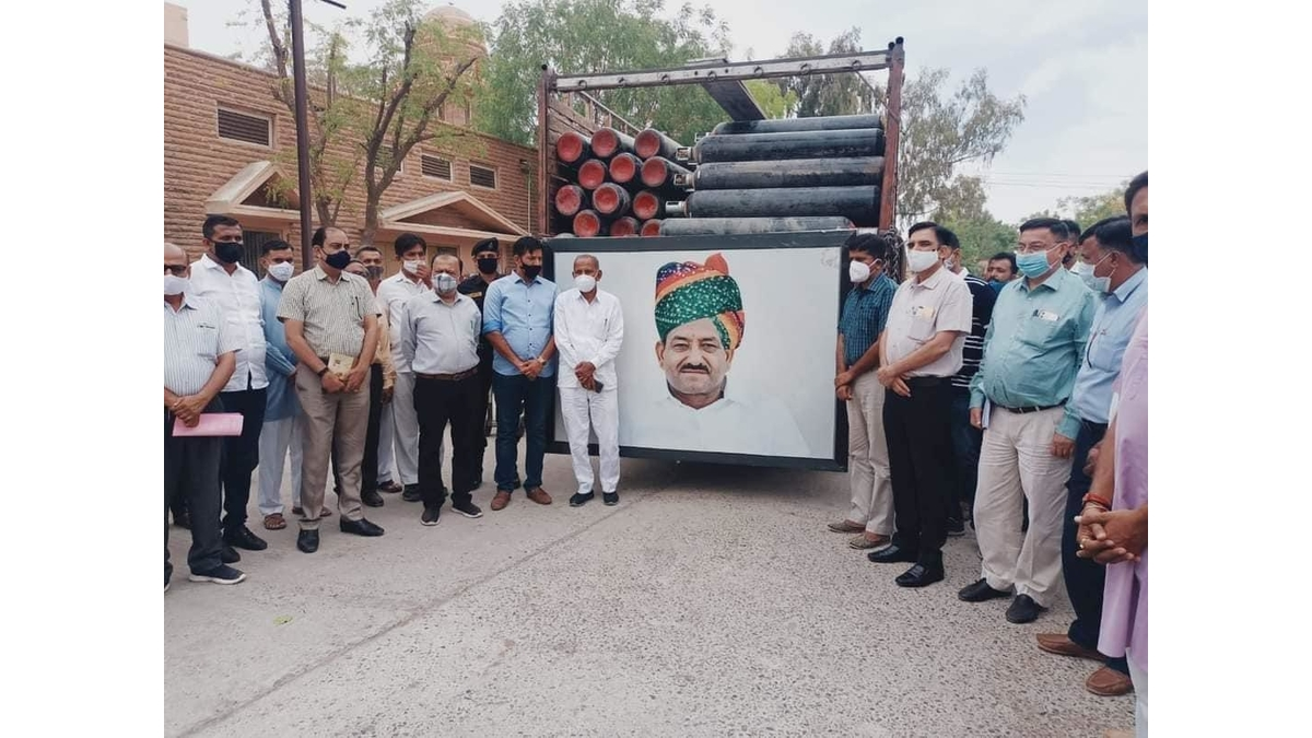 Brothers Jogendra Singh Chouhan and Rajendra Singh Chouhan, A Blessing For Barmer, Donate 500 Oxygen Cylinders