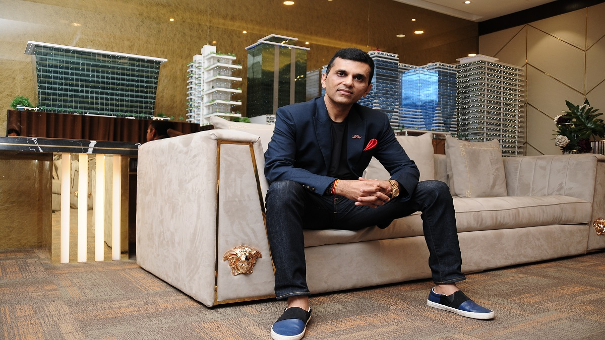 Anand Pandit to start vaccination centre, sponsor vaccination drive for IFTDA workers