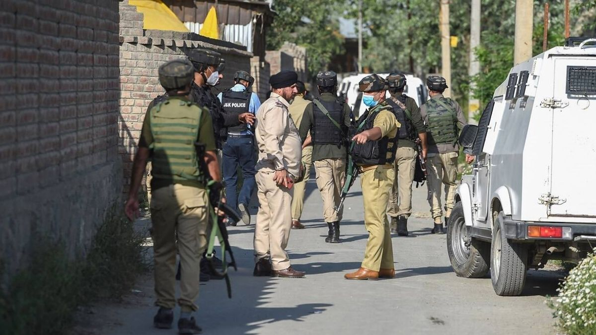 Crackdown On Pak Terror: NIA Raids 16 Places In J&K Linked To LeT's TRF Offshoot