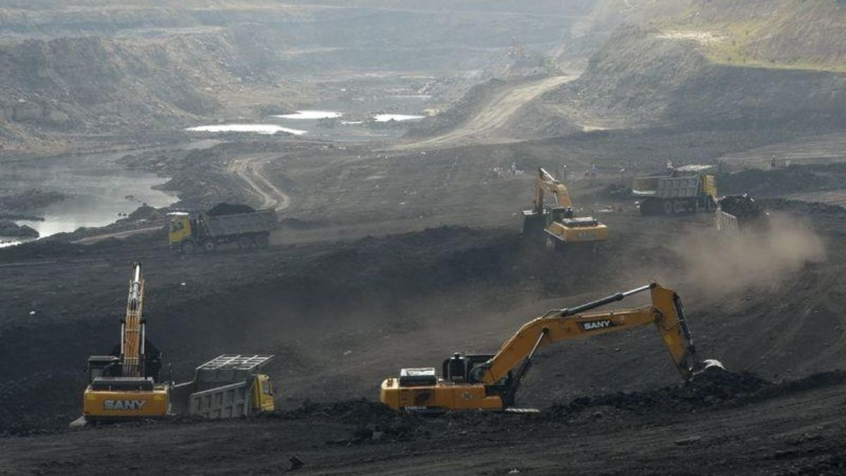 """Fear Mongering Over Coal """"Shortage"""" In India?"""